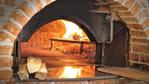four à bois pour faire du pain