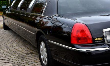 faites la réservation de votre location de limousine Marseille